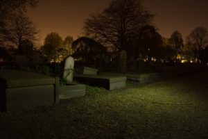 graves in a graveyard, explored on one of the best ghost tours in charleston sc